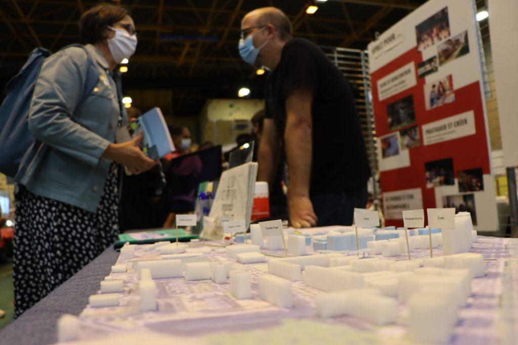Ateliers Médicis au forum des associations de Montfermeil