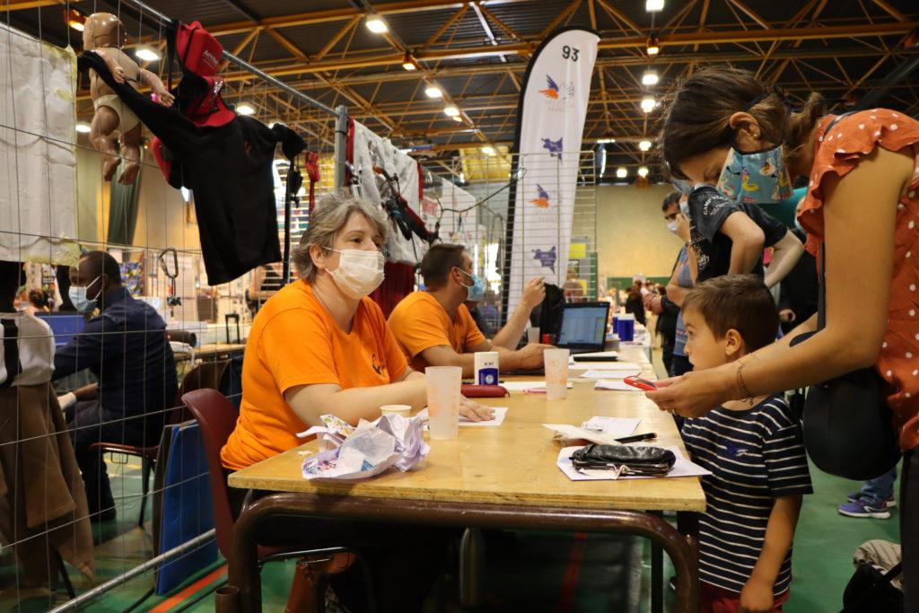 Club d'escalade Vertige au forum des associations de Montfermeil