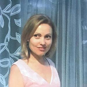 Oxana Cucer, participante au défilé Culture et Création 2021 de Montfermeil